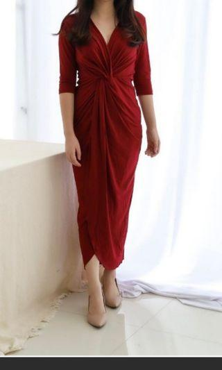 DRESS BY MISSCHIC MAROON NEW