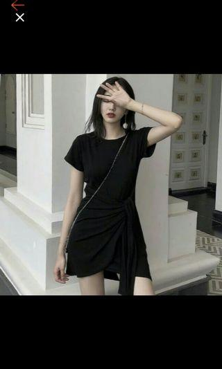 Korean black dress // preloved