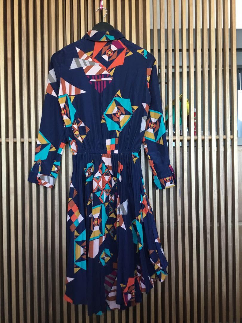 70's Pattern Pleat Vintage dress with waterfall front Size 8-10 excellent condition