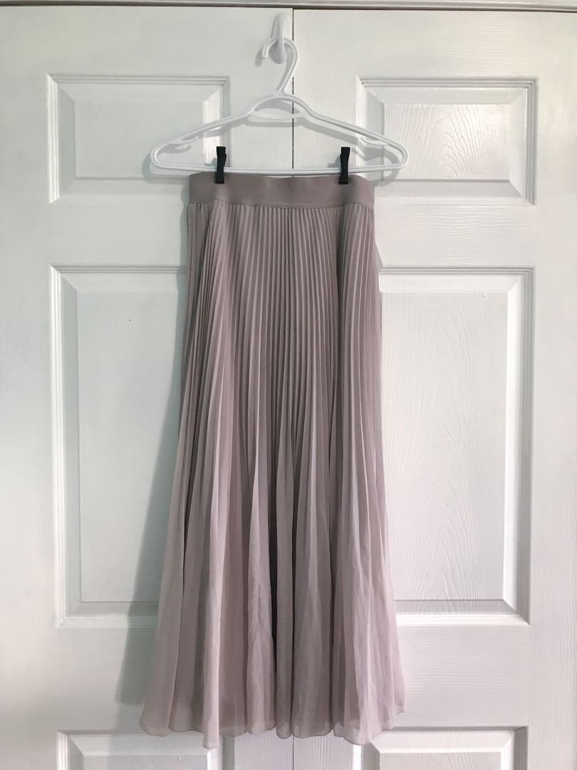 Aritzia Wilfred Terre Skirt in Lucite / long flowy skirt nude pink/ Size L