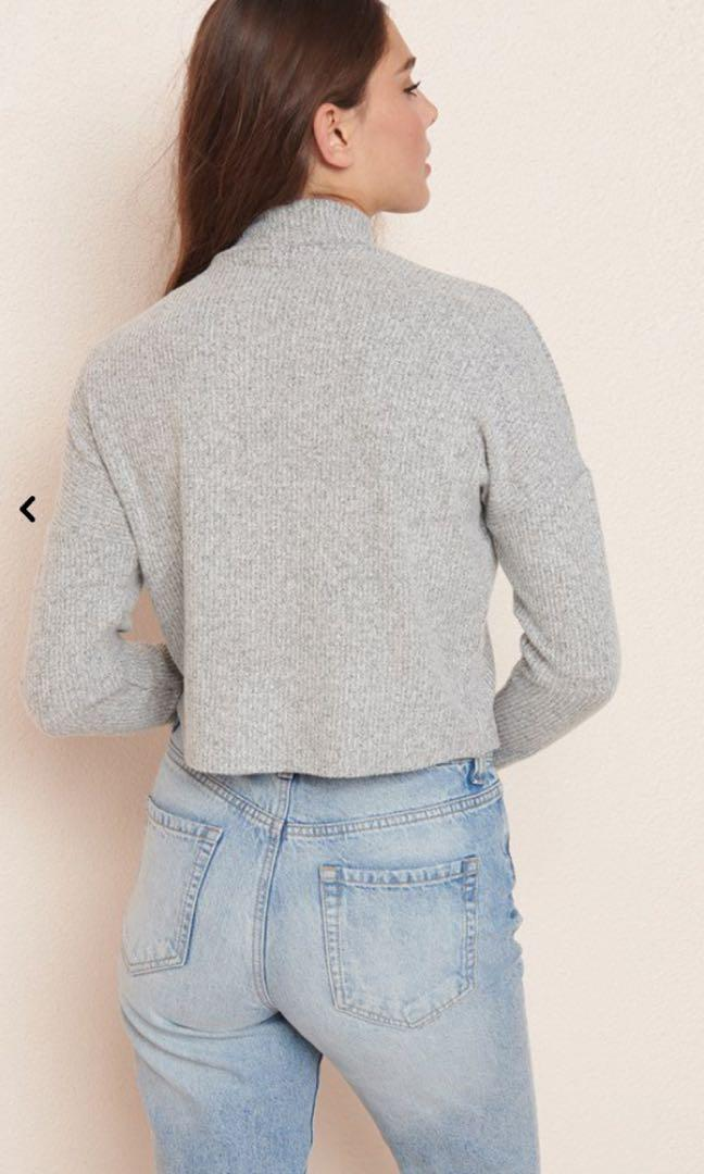BNWT Garage Grey Ribbed Mock Turtleneck Sweater / Top