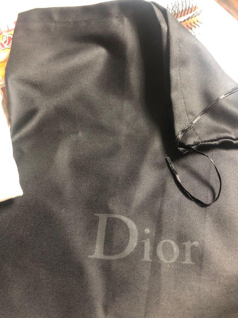 Dior b23 kaws 平放