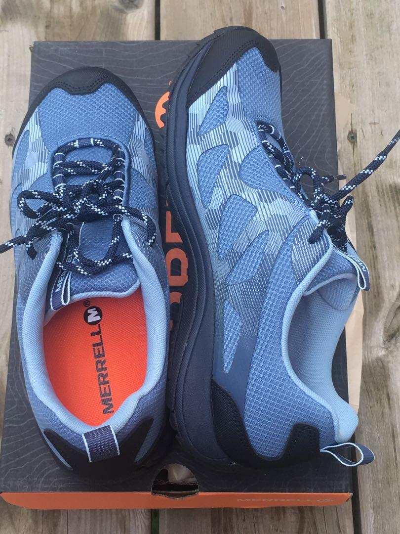 Merrel Women's hiking shoes, Zeolite Edge (Size: 7.5)