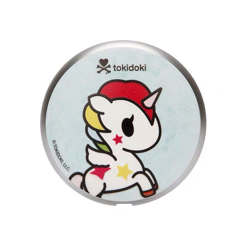 P.O. Tokidoki iPhone retractable cable charger adjustable