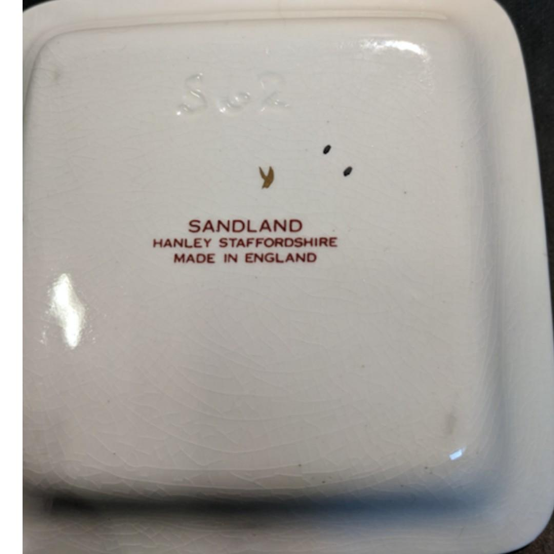 """SANDLAND POTTERY OF """"THE ROYAL SHAKESPEARE THEATRE"""""""