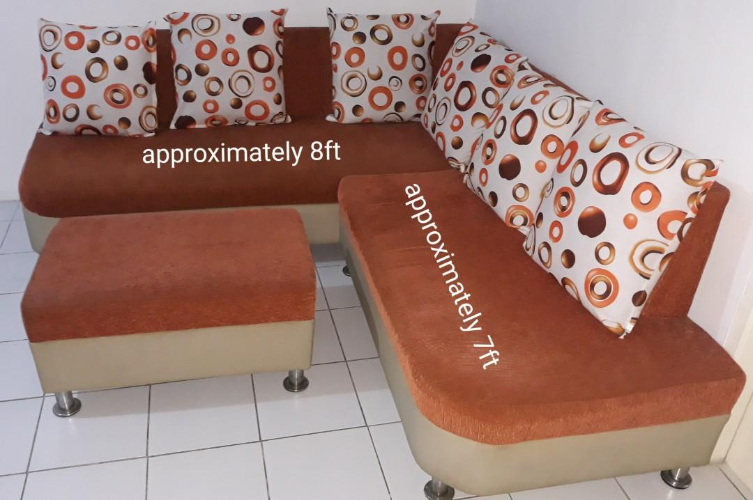 Groovy Sofa Couch For Sale On Carousell Evergreenethics Interior Chair Design Evergreenethicsorg