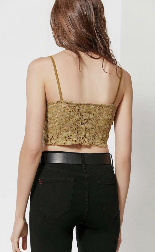 Urban Outfitters night out crop top [Bright Star Lace Button-Down Cami] Size S
