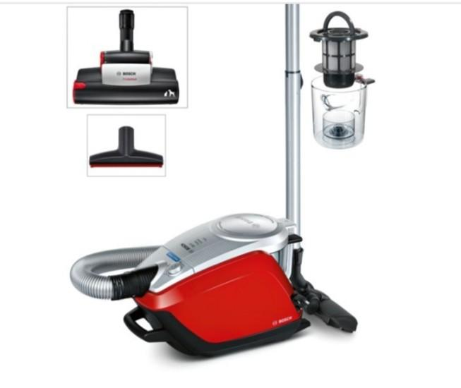 Bosch Bagless Vacuum  Cleaner Powerful suction. Good for pets.