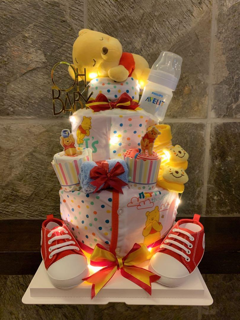 Winnie Pooh diapers cake with led light
