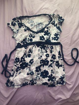 Flower print navy blue and white top