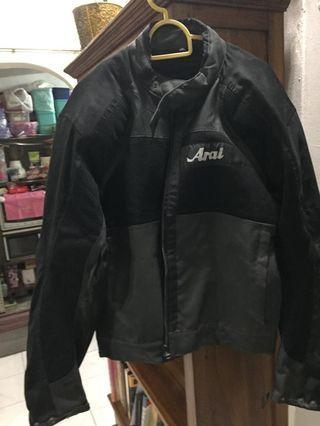 Jacket Arai