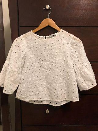 Flowy Embroidered white 3-quarter length blouse