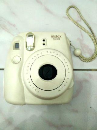 White Instax Mini 8