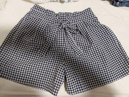 TEMT Gingham Shorts
