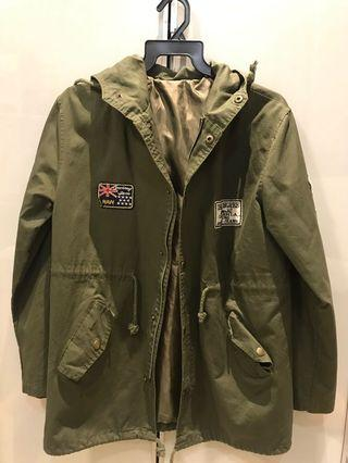 Army green parka jacket with embroidered patches