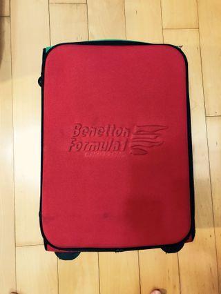 20吋行李箱