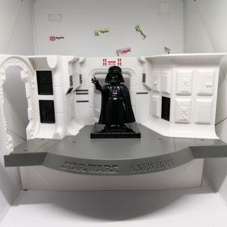Darth Vader Star Wars WCF World Collectables Series  (figure & spaceship) Original item from Japan