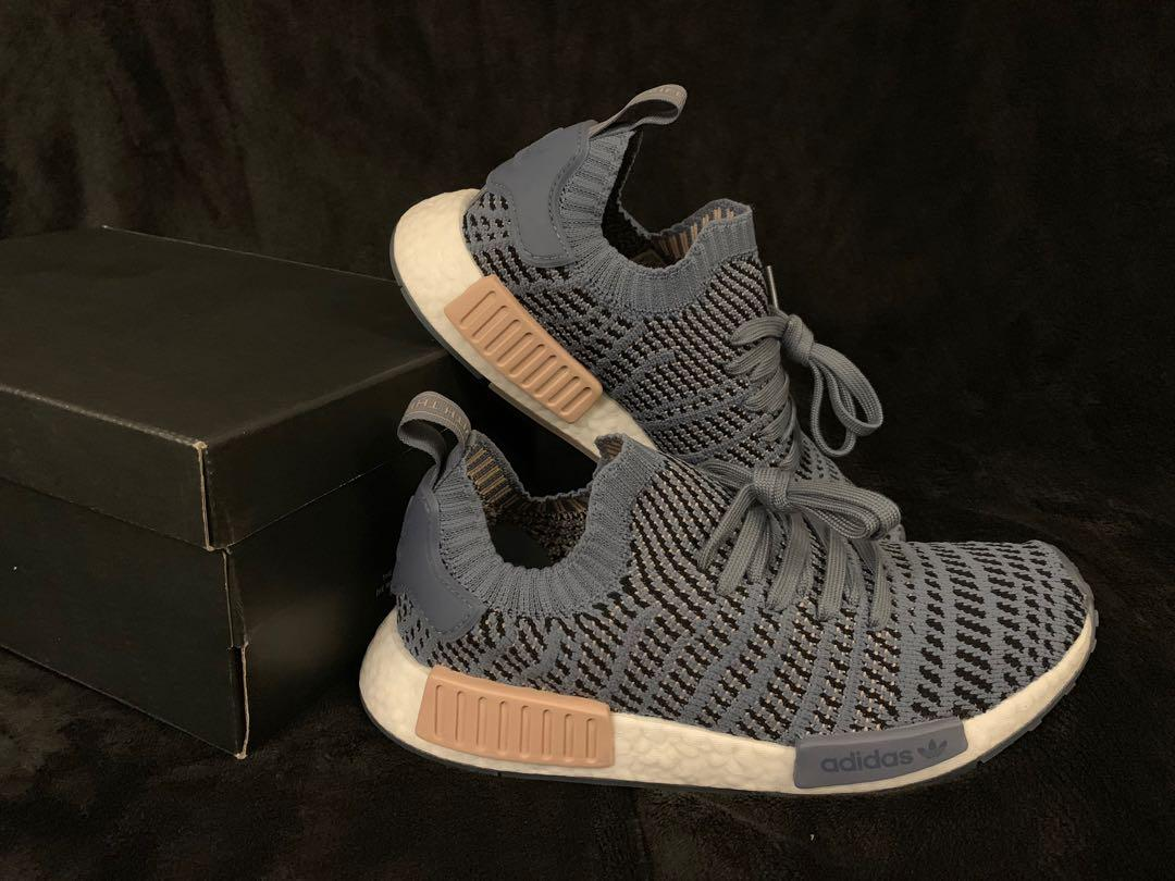 Adidas NMD_R1 STLT PRIMEKNIT Size 8 For Women on Carousell