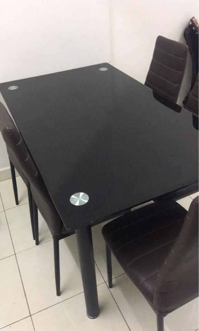 Fast sell Dinning table