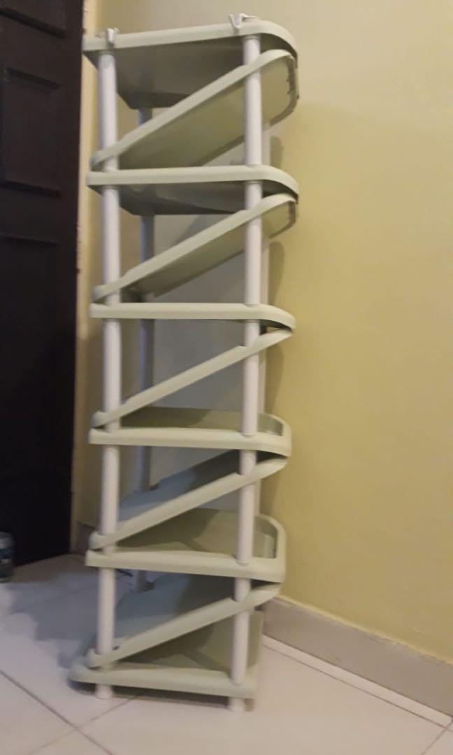Multi tier shoe rack