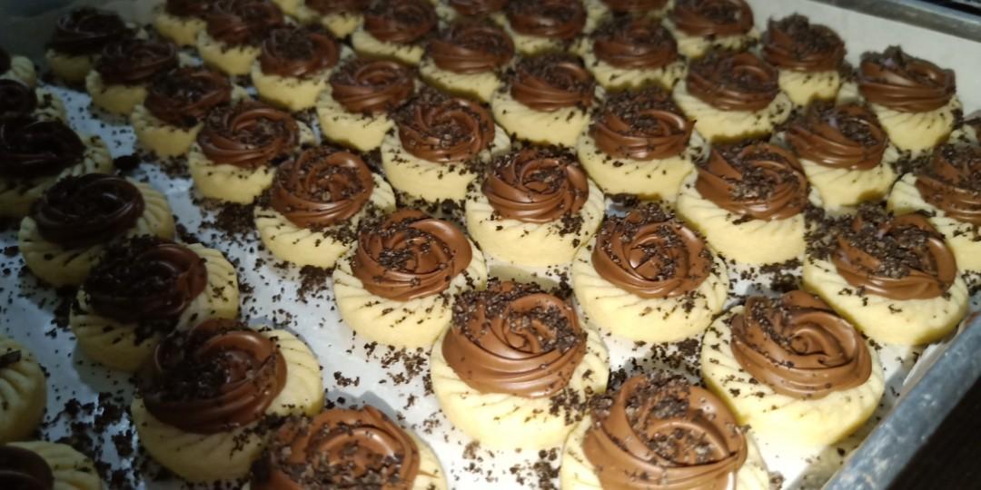 Nutella Tarts With Oreo Crushed