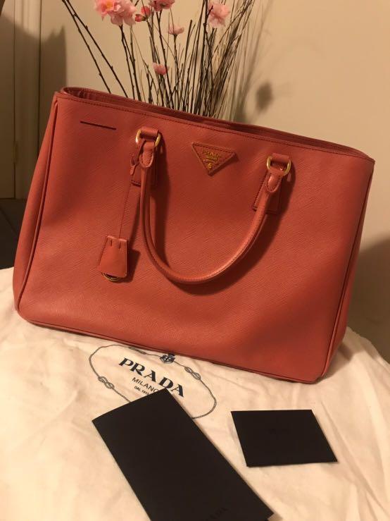 Prada Saffiano Leather Shoulder Bag 100% authentic purse