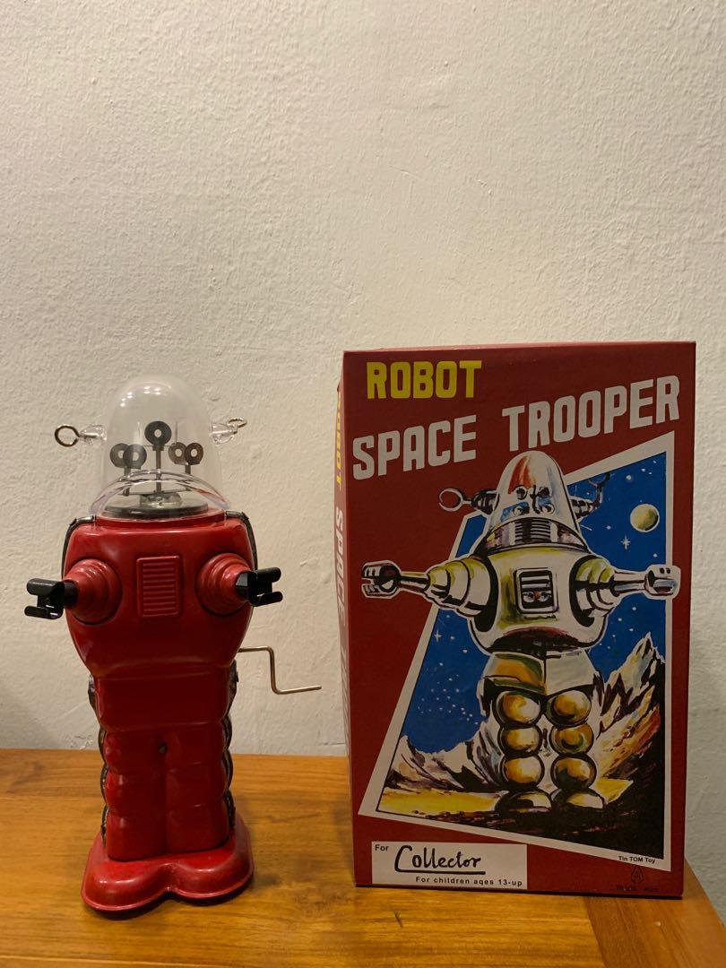 Tin Toy Winding Robot Space Trooper 9.9inch