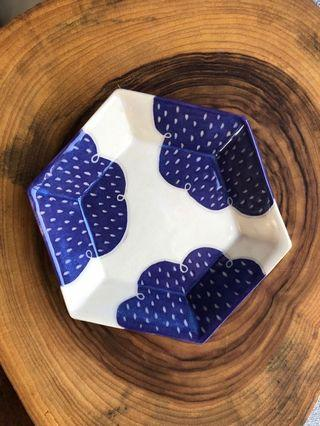 🚚 Handmade ceramic Hexagon Dish/plate (small), carved cloud and raindrop design in dark purple
