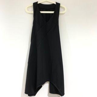 黑色不規則連身裙