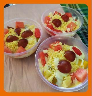 Salad buah Segar