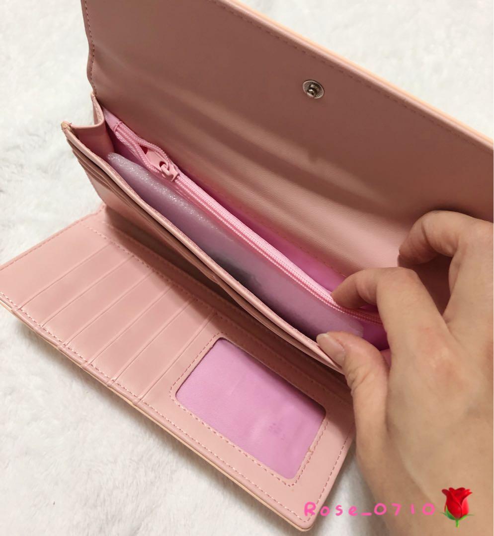 亮面淡粉色長夾