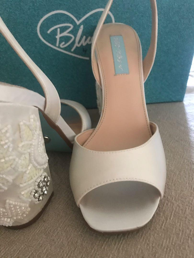 BNIB Authentic Blue By Betsey Johnson Ivory Bridal Shoes 8.5