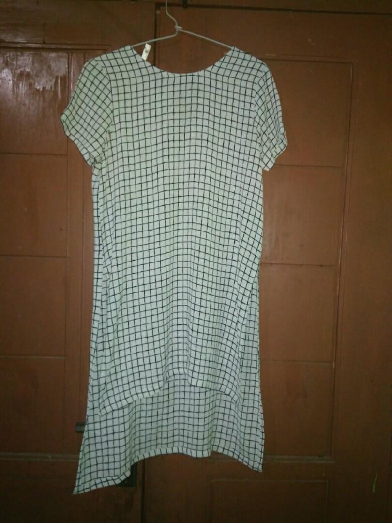 Dress monochrome