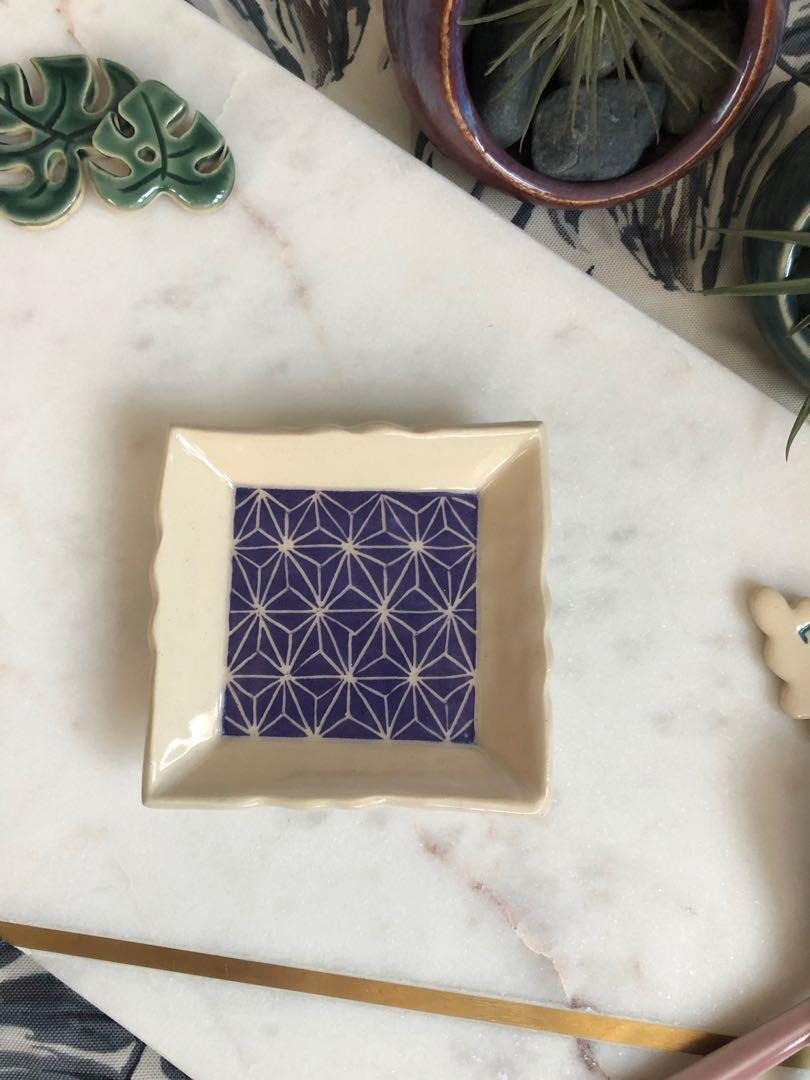 Handmade square Dish/plate (petite), with carved geometric star design (purple). Comes with soap dish attachment.