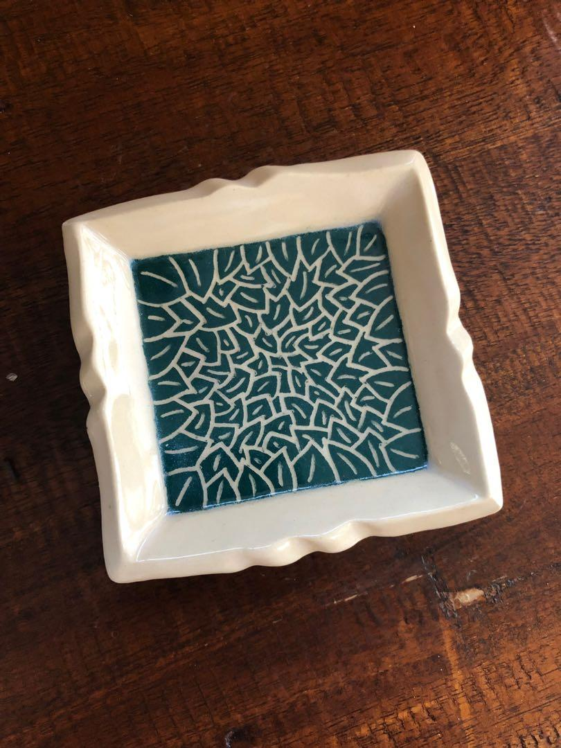 Handmade square Dish/plate (petite), with carved leaf design (dark green). Comes with soap dish attachment.