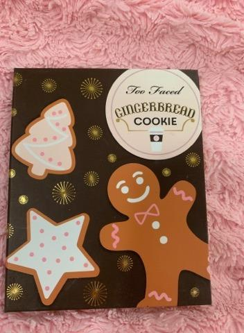 Too Faced Limited Edition Gingerbread Cookie palette