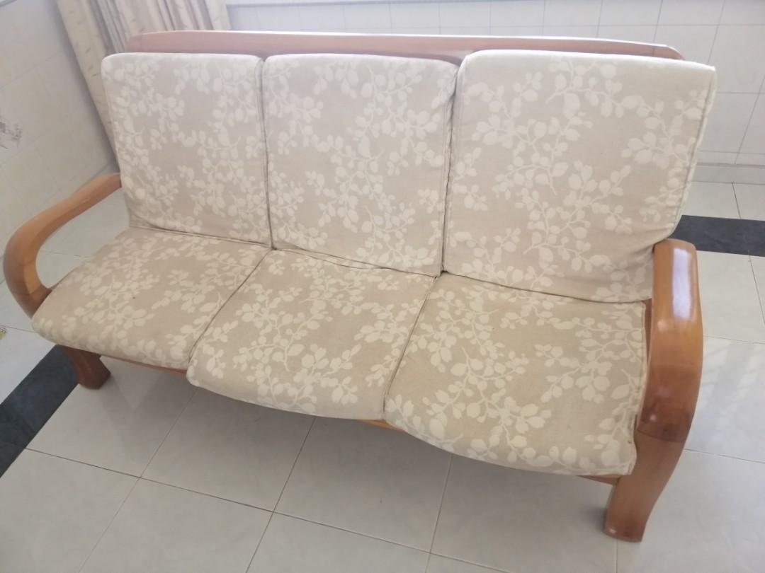 Used Sofa Sy Furniture Sofas On