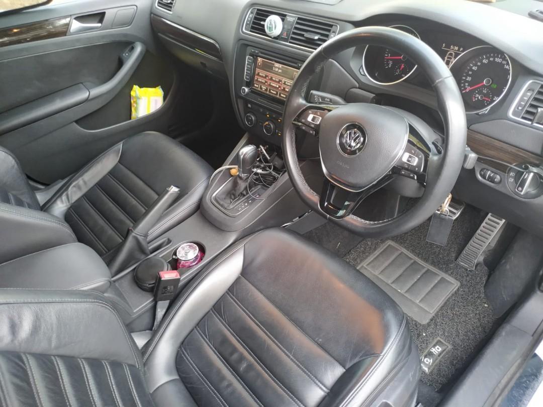 Volkswagen Jetta 1.4 Sportline TSI DSG (A)