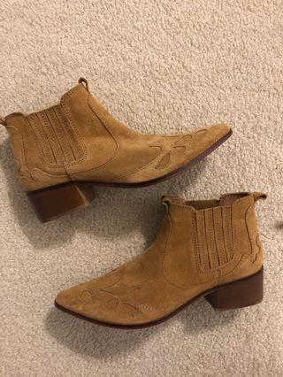 ZARA boots. Size 9