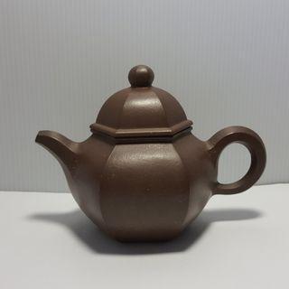 //壺作飛為//早期高級工藝師潘持平六方縮角紫砂壺(天)~請品賞