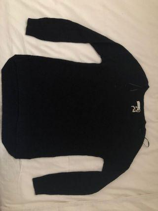 🚚 Cotton On black pullover
