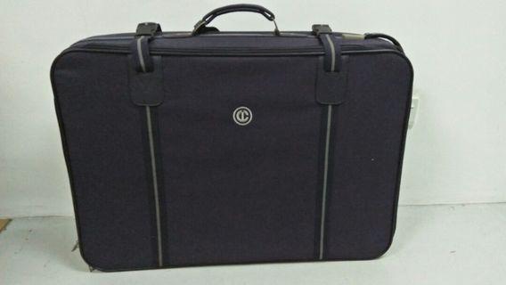 Carlton International Luggage Bag