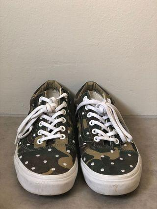 Vans army printed sneakers