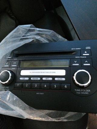 Suzuki sx4 original CD mp3 player