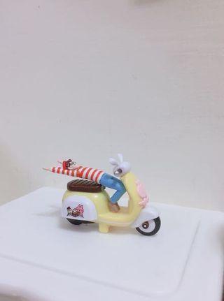 卡納赫拉摩托車+威力杯緣子(他是杯緣子!🤣)
