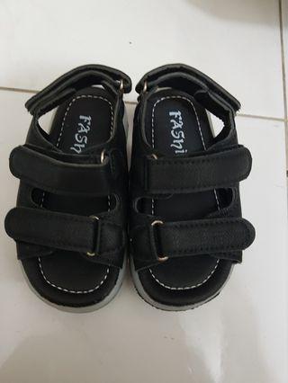 Sepatu Sandal Anak Casual
