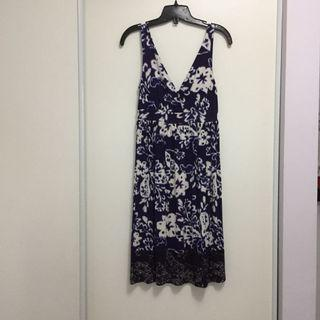 Brand New Floral Dress (Size XSmall)