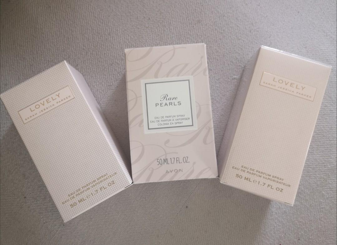 Lovely (Sarah Jessica Parker) and Rare Pearls 50ml perfume comes in a box
