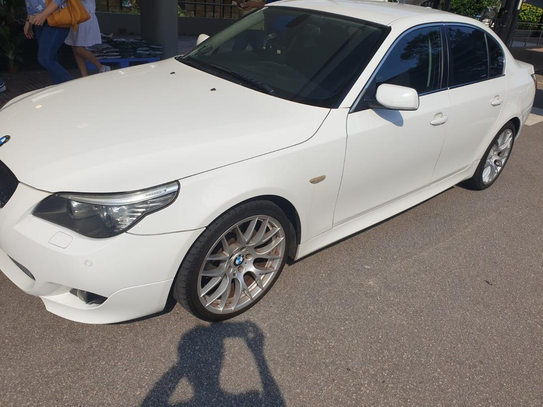 BMW 525 XL Msports Vacuum Door  19 inch Spotrims Selling at RM10,000 siap