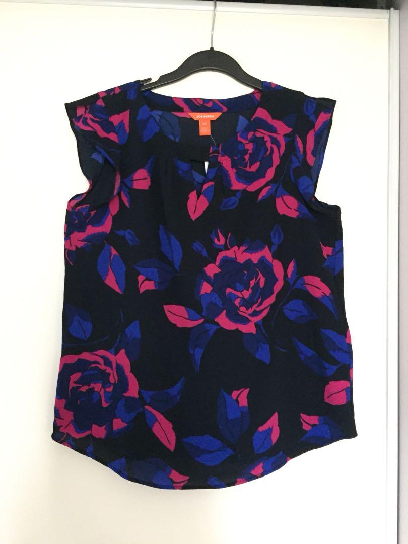 Brand New Joe Fresh Floral Sleeveless Blouse (Size Small)